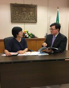澳門教育暨青年局老栢生局長和梁慧琪副局長接受教育傳媒訪問